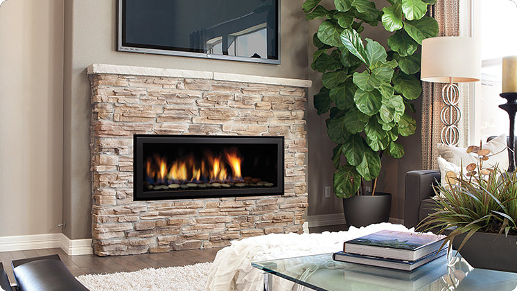 Regency Horizon HZ40E Medium Contemporary Fireplace - Volcanic Rocks