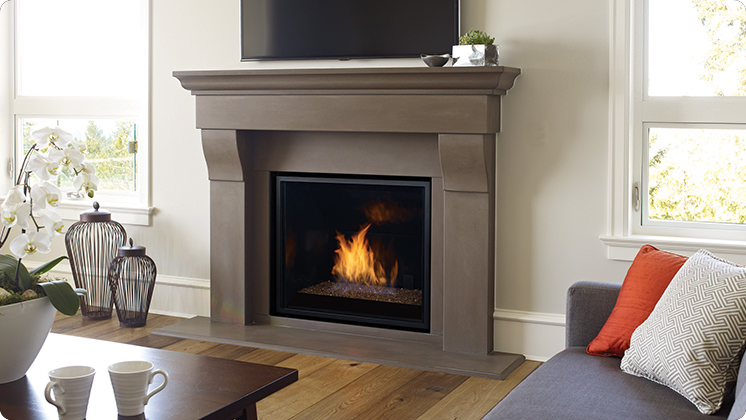 Regency Horizon HZ965E Large Contemporary Gas Fireplace - Brown Crystals
